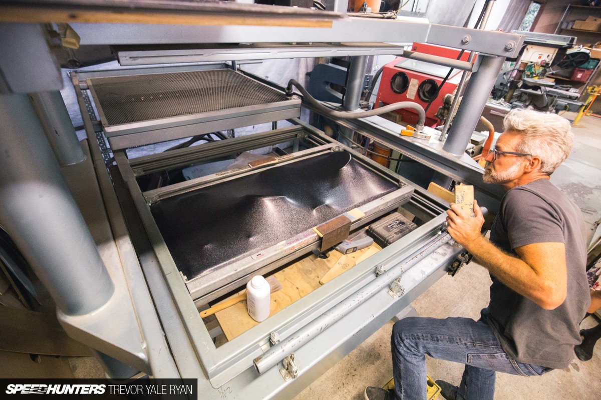 Turning Plastic Into Parts With Vacuum Thermoforming