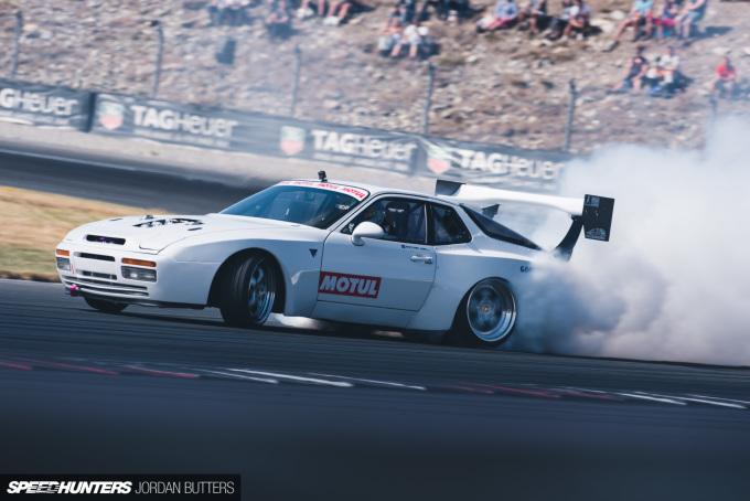 Porsche-944-drift-jordanbutters-speedhunters-3000