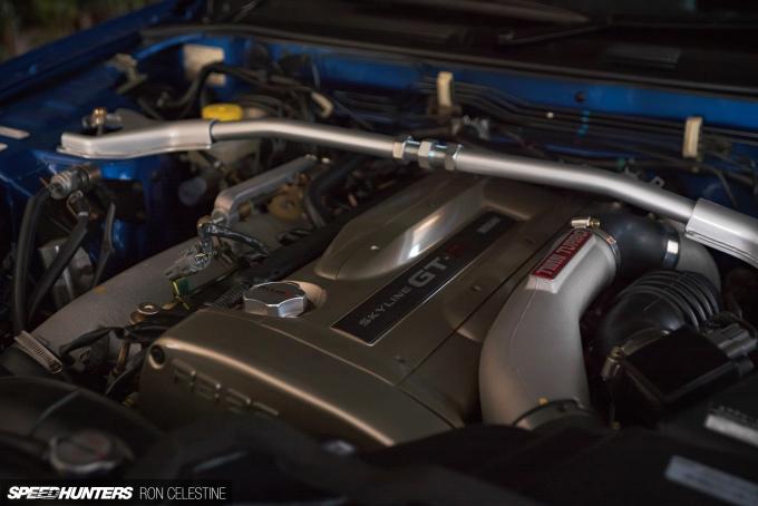Ron_Celestine_Veruza_R34_GTR_VspecII_engine