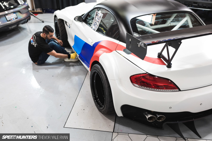 2018-SH_SEMA-Preview-BMW-Z4-GT3_Trevor-Ryan-040_1865