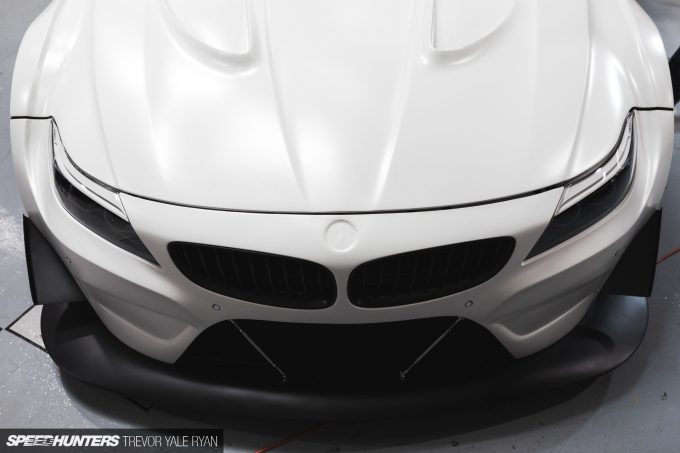 2018-SH_SEMA-Preview-BMW-Z4-GT3_Trevor-Ryan-044_1917