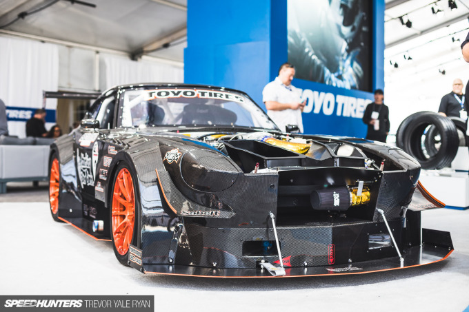2018-SH_Full-Carbon-240Z-SEMA_Trevor-Ryan-002_4919