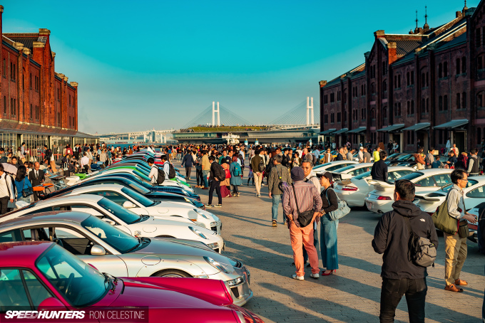 Speedhunters_Ron_Celestine_Porsche_911_Crowd]