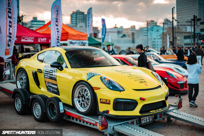 Speedhunters_Ron_Celestine_Porsche_CaymanS_Race