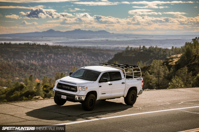 2018-SH_Allyn-Pierce-Toyota-Tundra-The-Pandra-Camp-Fire_Trevor-Ryan-005_0167
