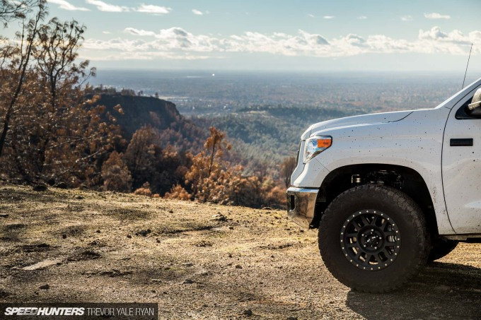2018-SH_Allyn-Pierce-Toyota-Tundra-The-Pandra-Camp-Fire_Trevor-Ryan-033_0249