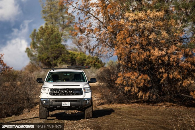 2018-SH_Allyn-Pierce-Toyota-Tundra-The-Pandra-Camp-Fire_Trevor-Ryan-036_0288