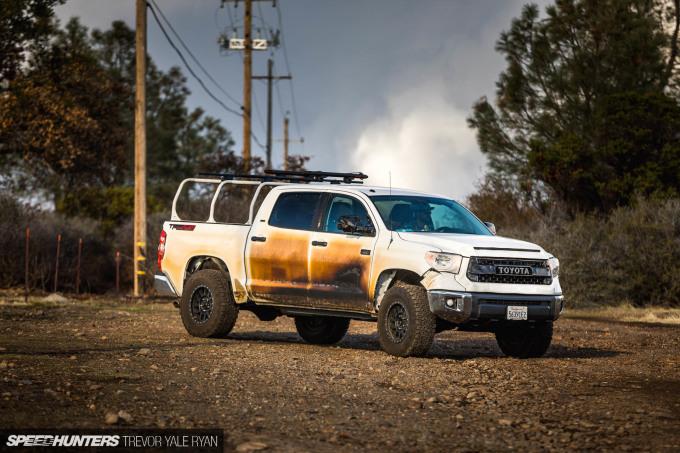 2018-SH_Allyn-Pierce-Toyota-Tundra-The-Pandra-Camp-Fire_Trevor-Ryan-038_0312