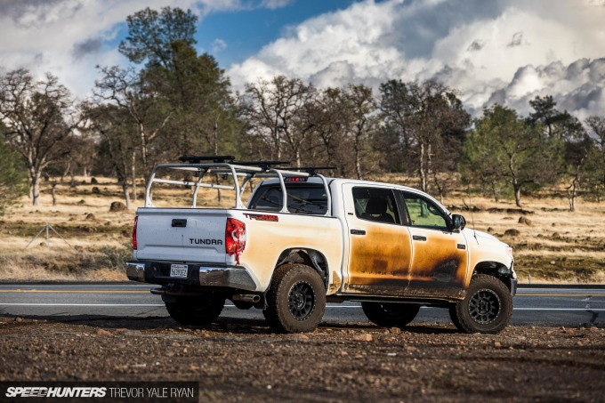2018-SH_Allyn-Pierce-Toyota-Tundra-The-Pandra-Camp-Fire_Trevor-Ryan-039_0314