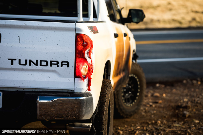 2018-SH_Allyn-Pierce-Toyota-Tundra-The-Pandra-Camp-Fire_Trevor-Ryan-040_0317