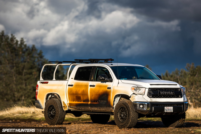 2018-SH_Allyn-Pierce-Toyota-Tundra-The-Pandra-Camp-Fire_Trevor-Ryan-043_0383