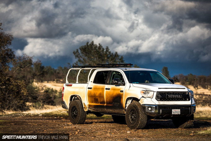 2018-SH_Allyn-Pierce-Toyota-Tundra-The-Pandra-Camp-Fire_Trevor-Ryan-044_0384