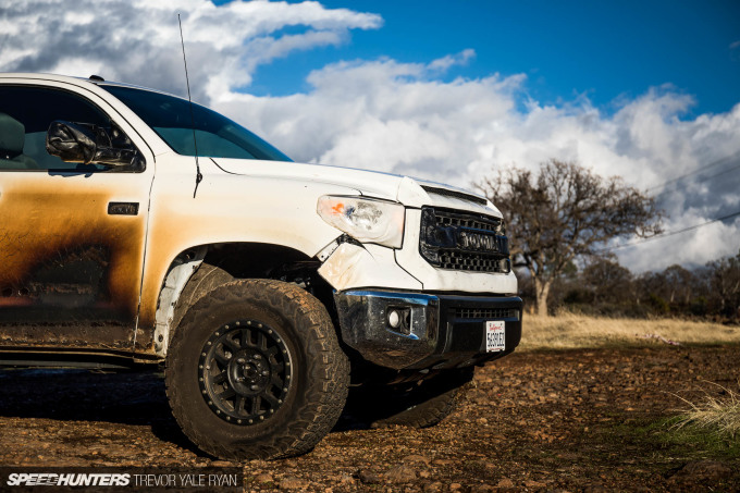 2018-SH_Allyn-Pierce-Toyota-Tundra-The-Pandra-Camp-Fire_Trevor-Ryan-048_0481