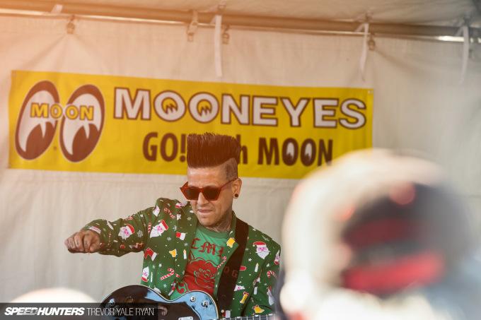 2018-SH_Mooneyes-Christmas-Show-Irwindale-SoCal_Trevor-Ryan-029_