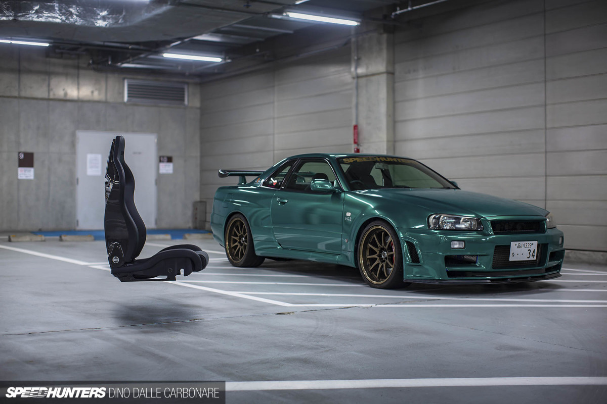 Project GT-R Meets Sparco SPX Carbon Seats
