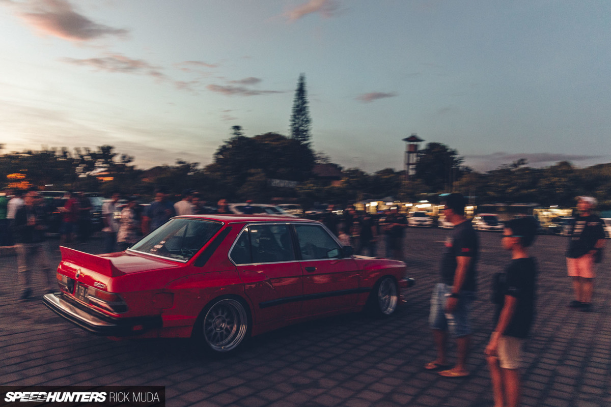 Sunset Chaser: Bali's First Modified CarMeet
