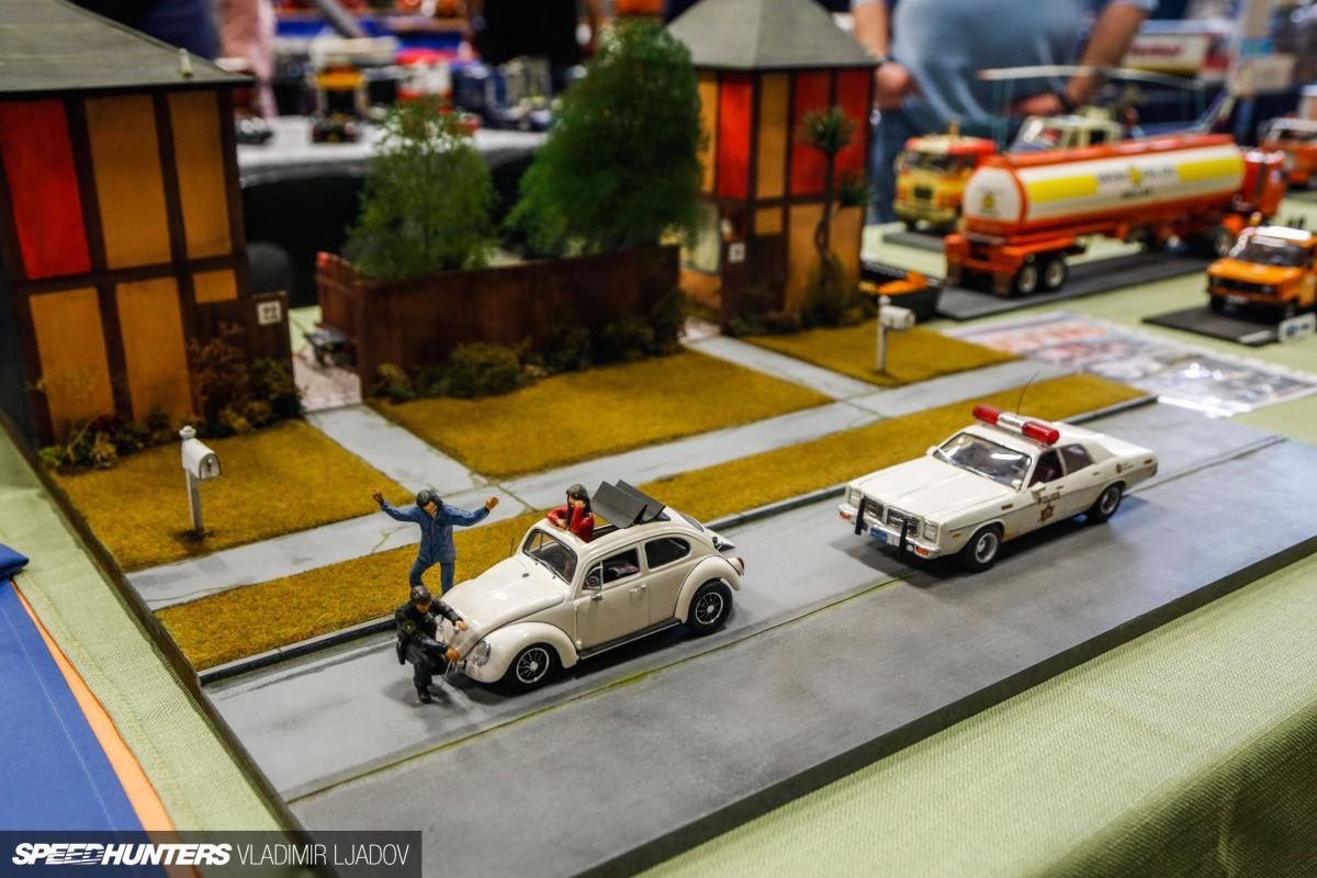 on-the-road-jabbeke-model-show-wheelsbyw