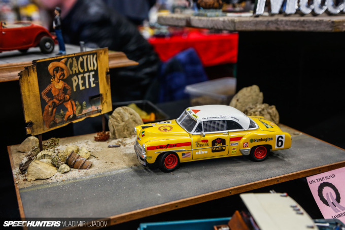 on-the-road-jabbeke-model-show-wheelsbywovka-94
