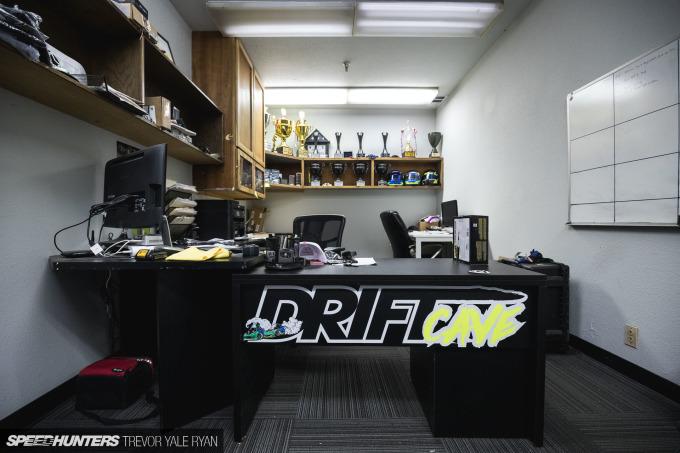 2018-Speedhunters_Matt-Field-Drift-Cave-Formula-D-Prep_Trevor-Ryan-006_6933