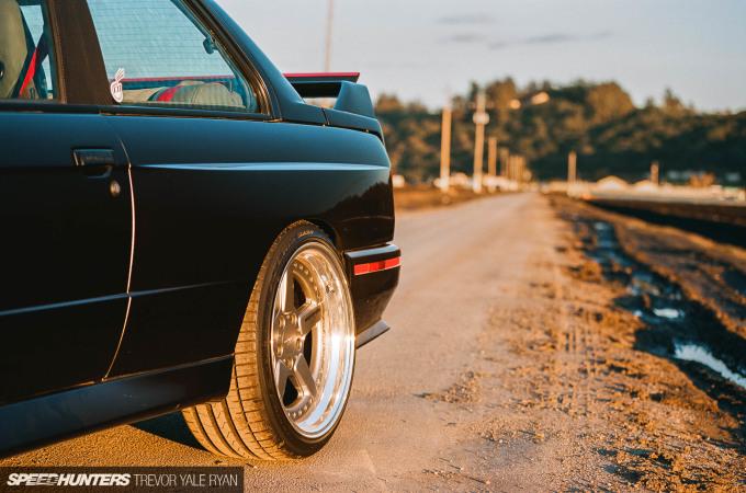 2018-Speedhunters_BMW-E30-M3-Watsonville_Trevor-Ryan-024_74560035