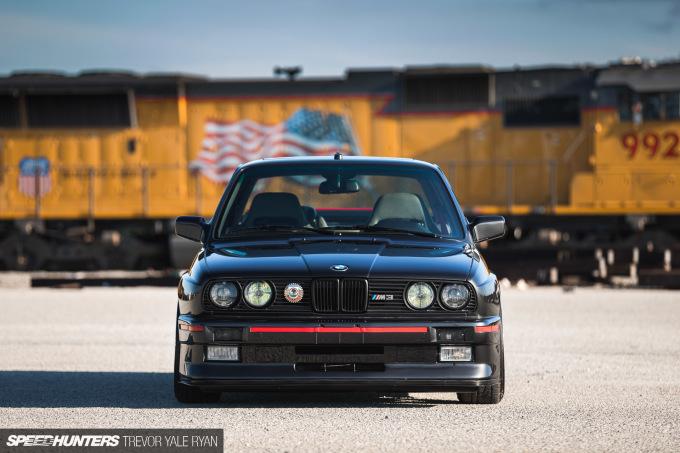2018-Speedhunters_BMW-E30-M3-Watsonville_Trevor-Ryan-026_0135
