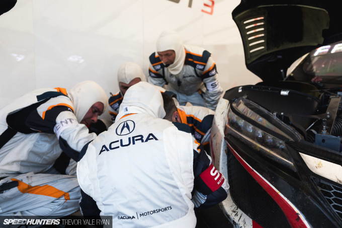 2019-California-8-Hour-Pit-Stops_Trevor-Ryan-Speedhunters_026_8642