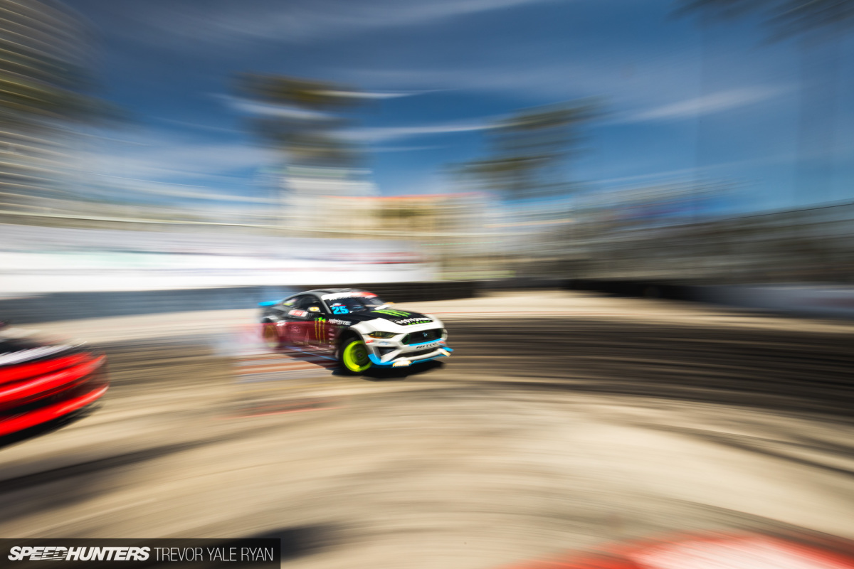 The Digital Effect: Formula Drift Long Beach In 0.836 Seconds