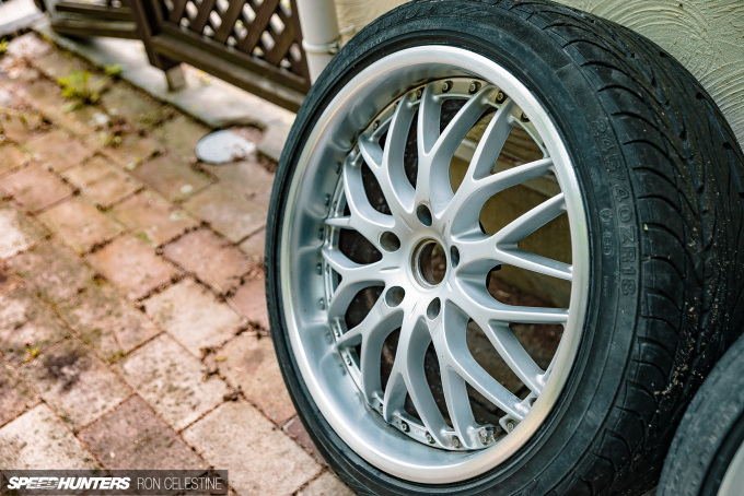 Speedhunters_ProjectRough_ER34_WheelsRebuild_30