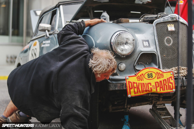 peking-to-paris-2019-tallinn-fixing-by-wheelsbywovka-14