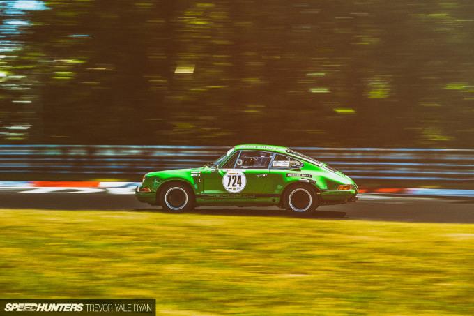 2019-Nurburgring-24H-Classic-Race_Trevor-Ryan-Speedhunters_083_6896