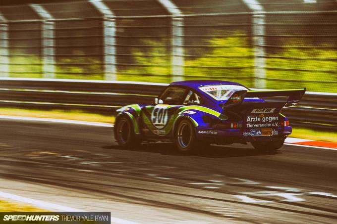 2019-Nurburgring-24H-Classic-Race_Trevor-Ryan-Speedhunters_086_7086