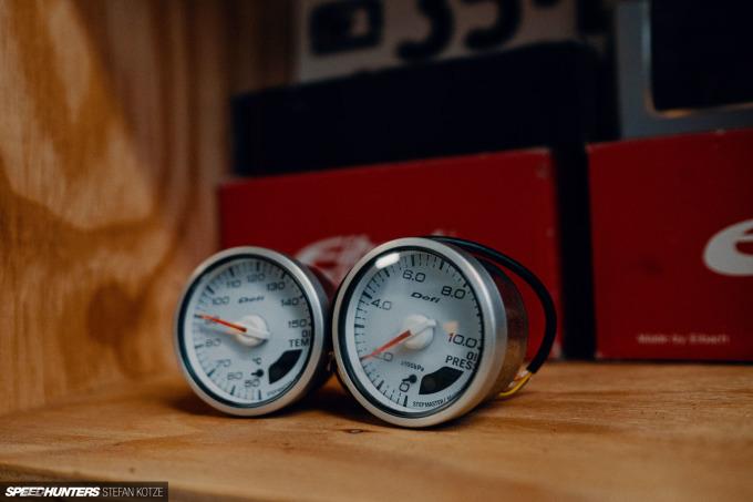speedhunters-stefan-kotze-garage-kiu-032