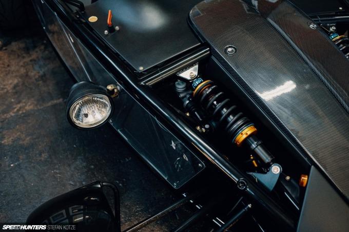 speedhunters-stefan-kotze-garage-kiu-085