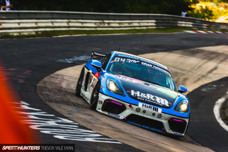 2019-Nurburgring-24-Hour-How-To-Shoot_Trevor-Ryan-Speedhunters_031_8810