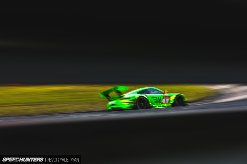 2019-Nurburgring-24-Hour-How-To-Shoot_Trevor-Ryan-Speedhunters_032_7151