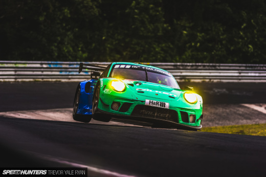 2019-Nurburgring-24-Hour-How-To-Shoot_Trevor-Ryan-Speedhunters_049_9339