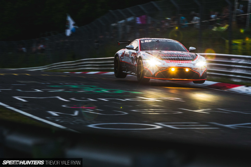 2019-Nurburgring-24-Hour-How-To-Shoot_Trevor-Ryan-Speedhunters_055_9692