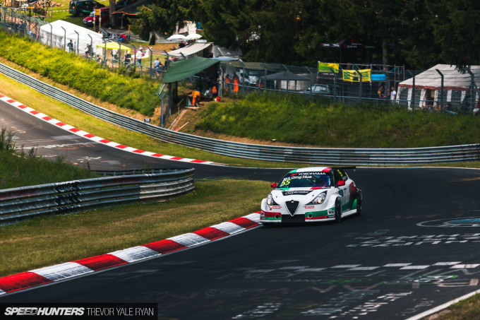 2019-Nurburgring-24-Hour-Fans-And-Camps_Trevor-Ryan-Speedhunters_006_5353
