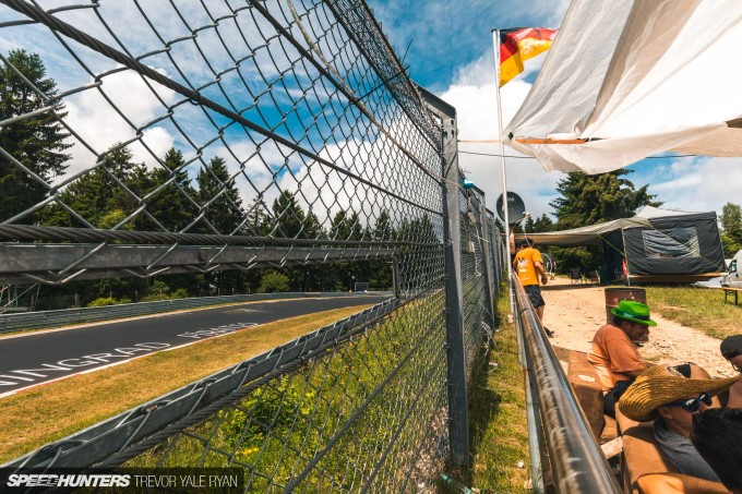 2019-Nurburgring-24-Hour-Fans-And-Camps_Trevor-Ryan-Speedhunters_010_5312