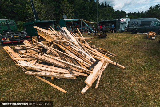2019-Nurburgring-24-Hour-Fans-And-Camps_Trevor-Ryan-Speedhunters_016_5104