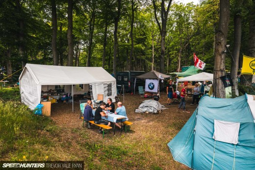2019-Nurburgring-24-Hour-Fans-And-Camps_Trevor-Ryan-Speedhunters_023_5611