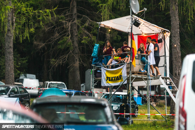2019-Nurburgring-24-Hour-Fans-And-Camps_Trevor-Ryan-Speedhunters_026_5870