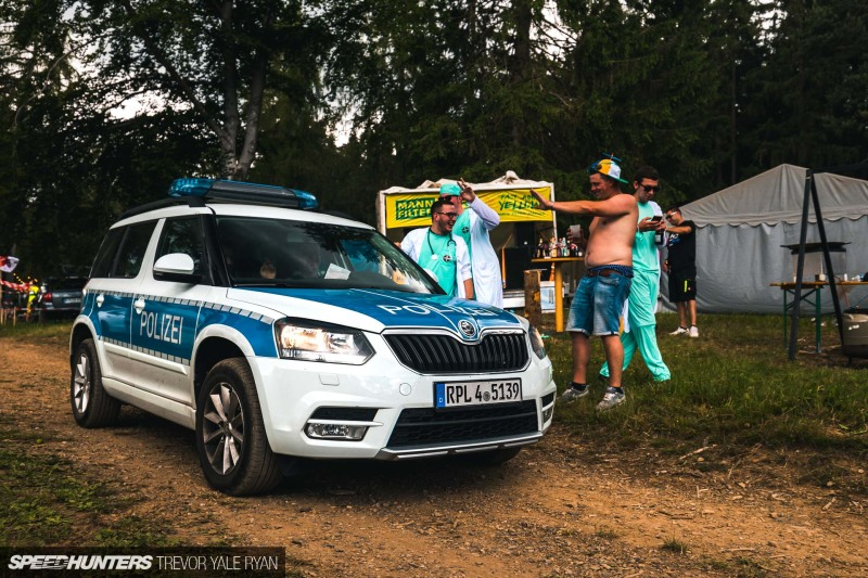 2019-Nurburgring-24-Hour-Fans-And-Camps_Trevor-Ryan-Speedhunters_030_5561