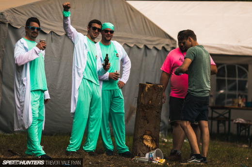 2019-Nurburgring-24-Hour-Fans-And-Camps_Trevor-Ryan-Speedhunters_040_5578