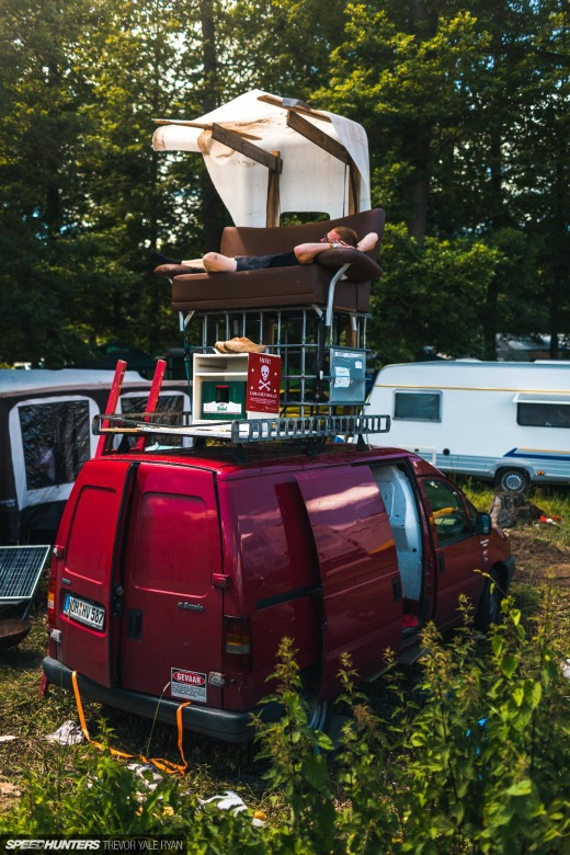 2019-Nurburgring-24-Hour-Fans-And-Camps_Trevor-Ryan-Speedhunters_051_6669
