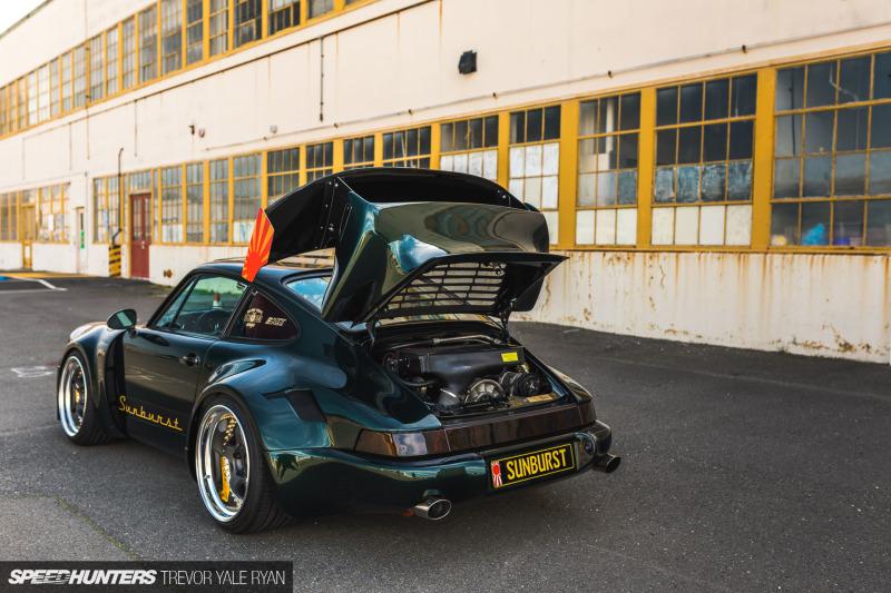 2019-Sunburst-964-Porsche-JDM-Style_Trevor-Ryan-Speedhunters_030_3796