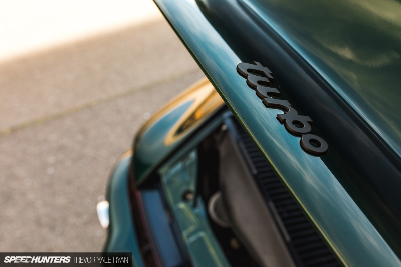 2019-Sunburst-964-Porsche-JDM-Style_Trevor-Ryan-Speedhunters_031_3804