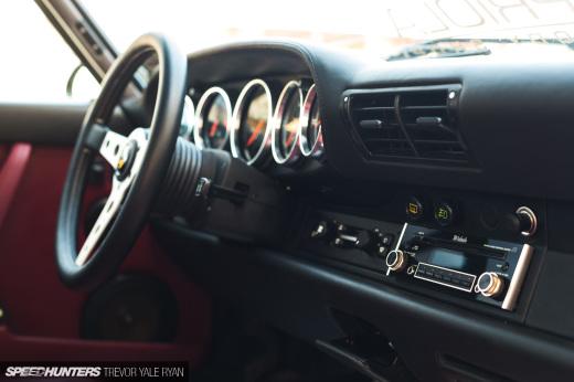 2019-Sunburst-964-Porsche-JDM-Style_Trevor-Ryan-Speedhunters_037_3829
