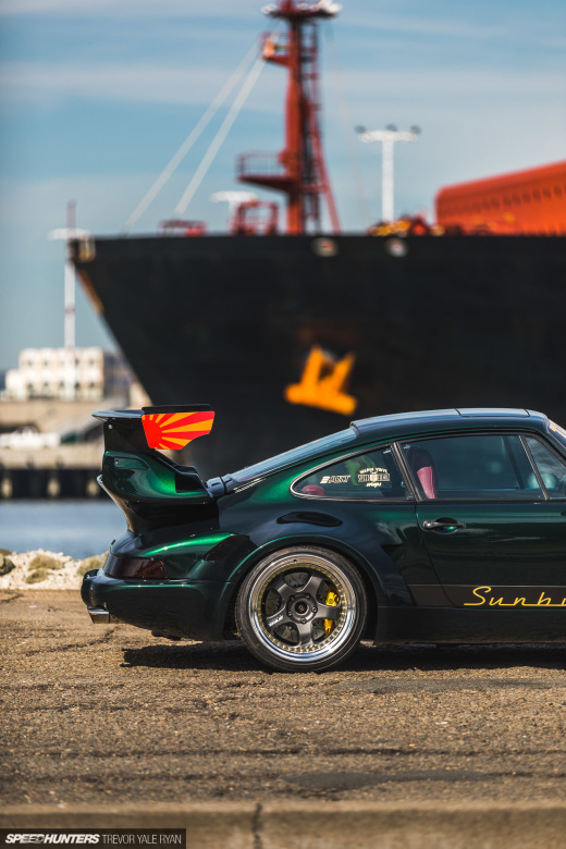 2019-Sunburst-964-Porsche-JDM-Style_Trevor-Ryan-Speedhunters_045_4023