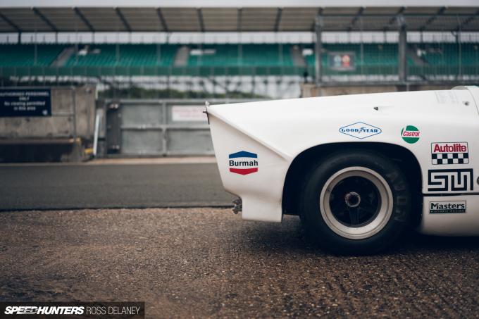 RDM19_SilverstoneClassic_Speedhunters-94